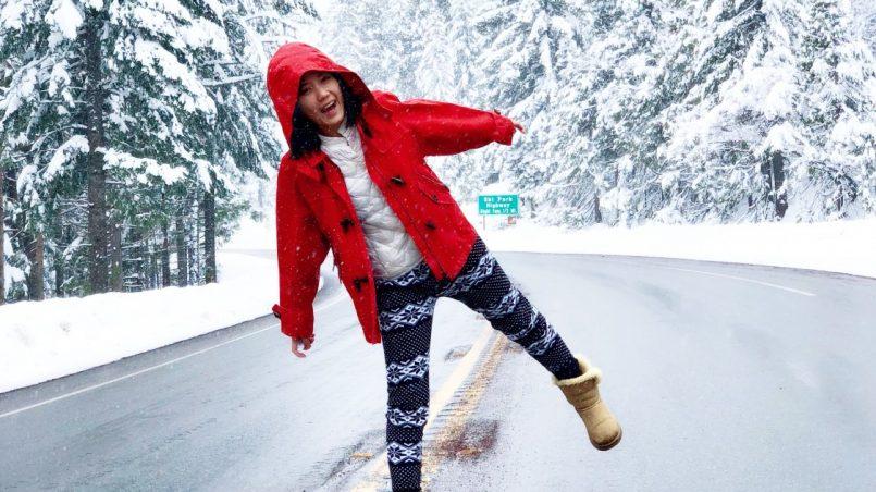 dziecko w zimie na drodze
